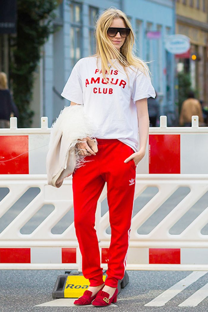 How To Wear Oversized T-Shirts For Women